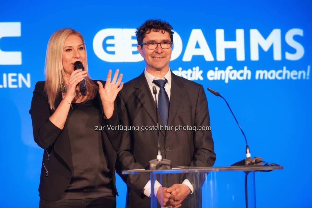 Moderatorin Nina Kraft im Interview mit Oliver Dahms, © MLC - Meir Logistik Immobilien (24.03.2014)