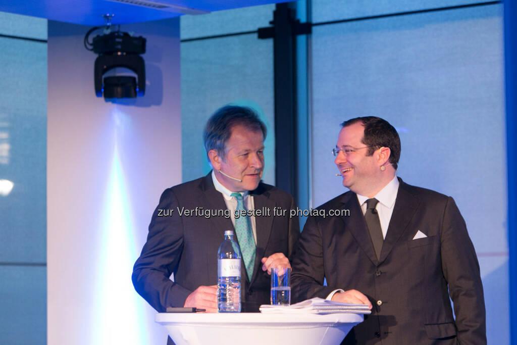 Eduard Zehetner, CEO Immofinanz, Daniel Riedl, CEO Buwog, siehe auch: http://blog.immofinanz.com/de/2014/04/09/immofinanz-infos-rund-um-buwog-abspaltung/ , © Martina Draper für Immofinanz (07.04.2014)