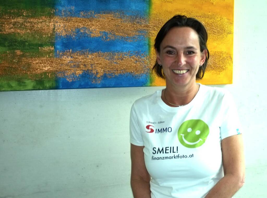 Alexandra Bolena Smeil (Shirt in der S Immo-Kollektion) (13.04.2014)