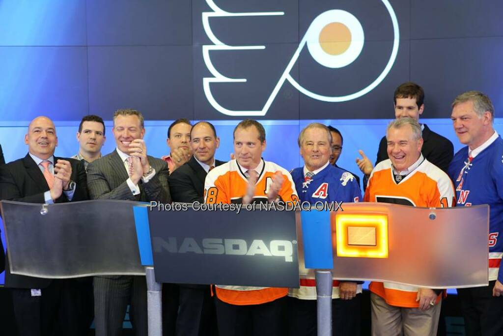 NHL's Philadelphia Flyers and New York Rangers ring the NASDAQ Closing Bell! #dreamBIG  Source: http://facebook.com/NASDAQ (25.04.2014)