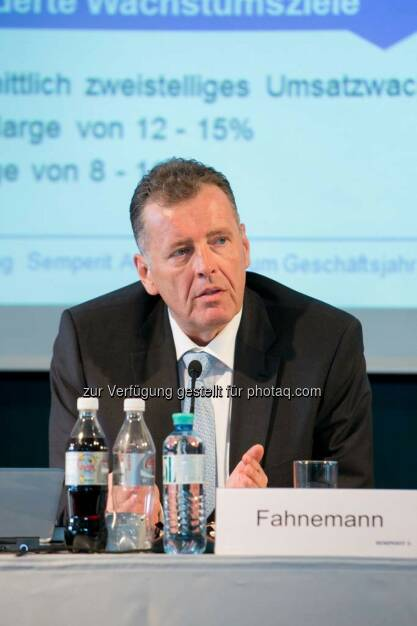Thomas Fahnemann (CEO Semperit), © Martina Draper für Semperit (29.04.2014)