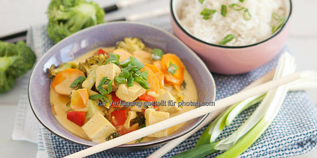 Vegetarisches Thai-Curry mit Tofu - http://www.kochabo.at/vegetarisches-thai-curry-mit-tofu/, © kochabo.at (05.05.2014)