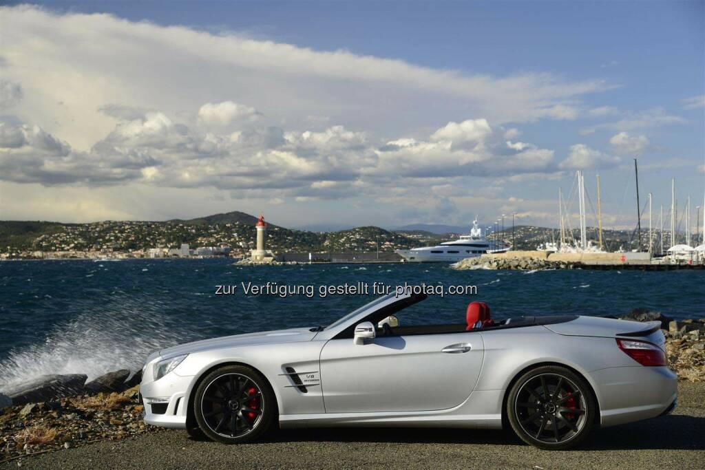 Mercedes Benz:  Im April lieferte das Unternehmen weltweit 133.077 Fahrzeuge an Kunden aus, ein Zuwachs von 14,2%. Seit Jahresbeginn verbuchte die Marke mit über einer halben Million Einheiten ein Absatzplus von 14,9%. im Bild: SL 63 AMG, Cristallsilver magno Designo; Interior Designo Classicred. (06.05.2014)