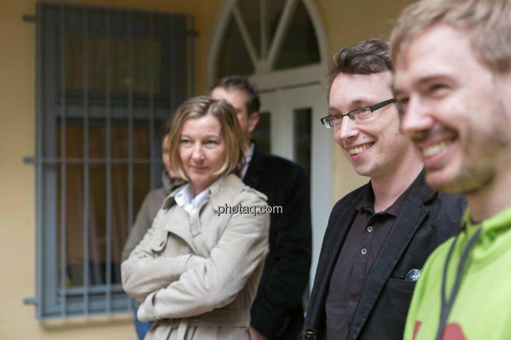 Doris Gstatter (IR & mehr), Daniel K. (Praktikantenaspirant), Thomas Hapala (wikifolio), © finanzmarktfoto.at/Martina Draper (15.05.2014)