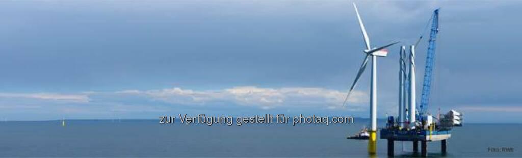RWE: Welchen Rekord hält der Offshore-Windpark Gwynt y Môr vor der britischen Küste? a) er ist der zweitgrößte weltweit b) er war der erste in Europa c) er hat die hübschesten Windräder  Source: http://facebook.com/vorweggehen (17.05.2014)