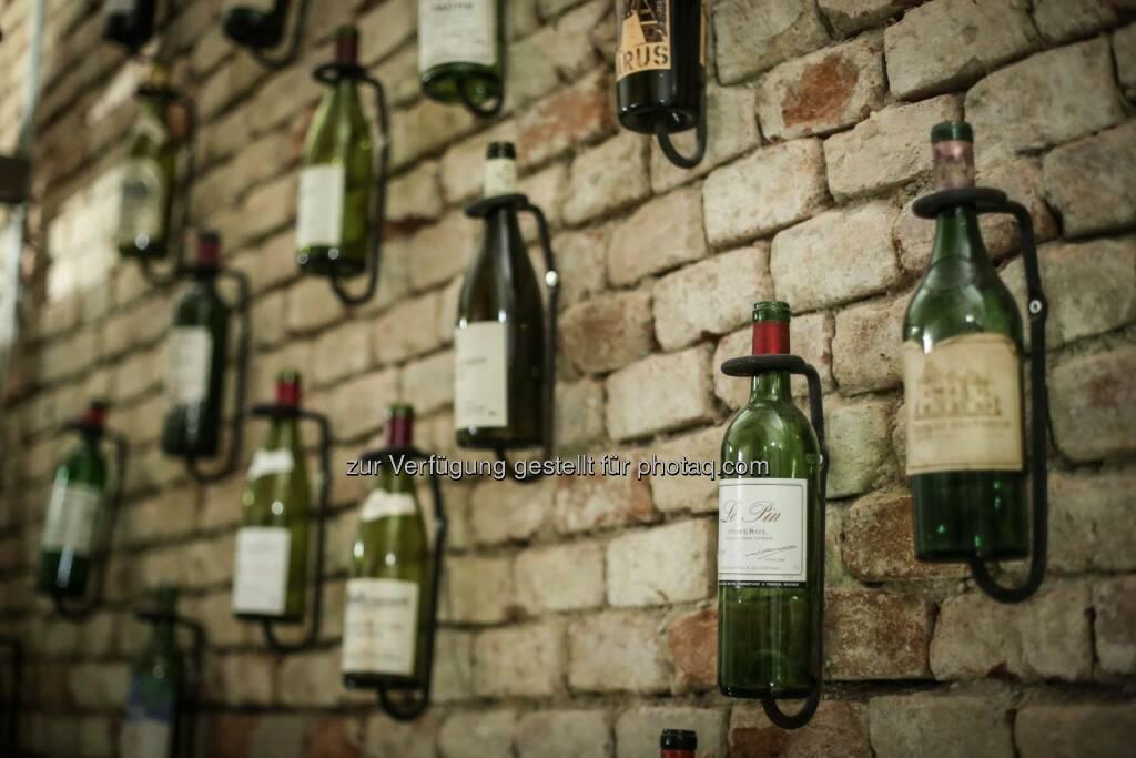 Weinflaschen, © Martina Draper (18.05.2014)