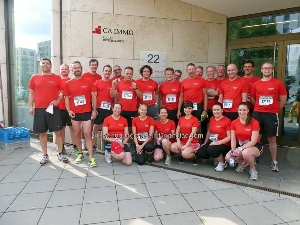 Auch sportlich will das CA Immo Team in Frankfurt heute Urban Benchmarks beim J.P. Morgan Corporate Challenge Lauf setzen. Source: http://facebook.com/caimmobilien (11.06.2014)