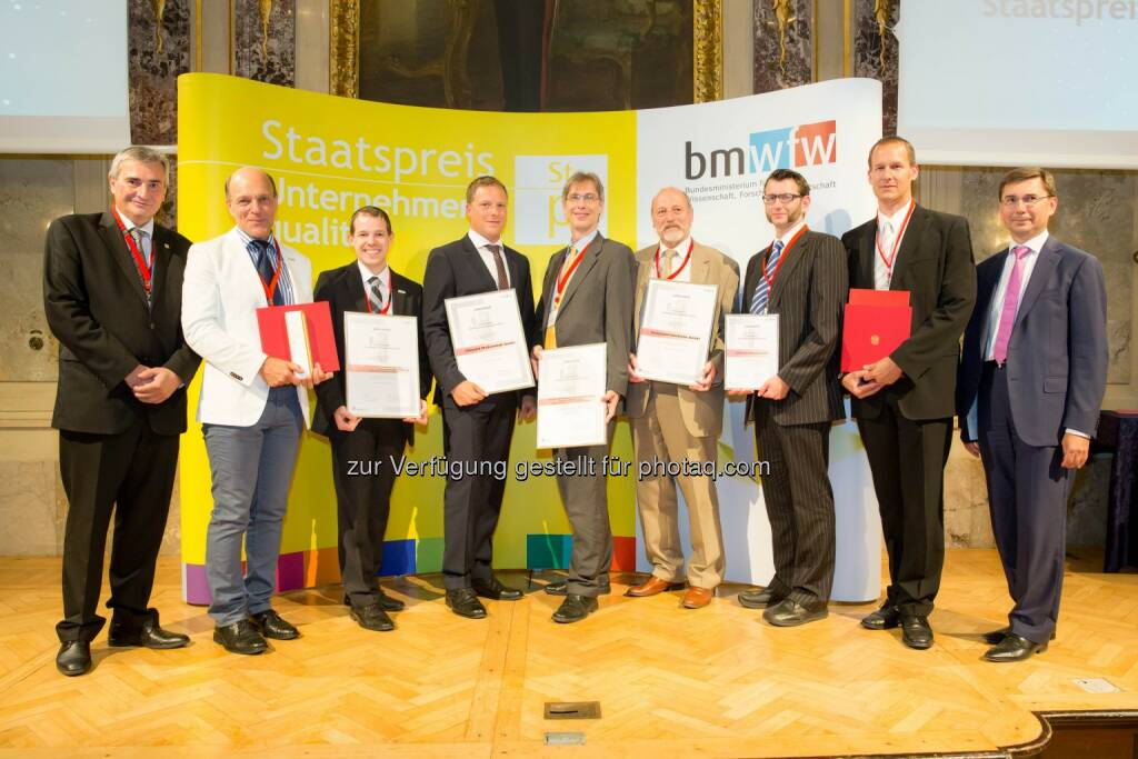 qualityaustria Winners' Conference: Staatspreisträger und Kategoriesieger, v.l.n.r.: Konrad Scheiber, CEO Quality Austria; Gerd Hartinger, GF GGZ; Martin Orehovec, Qualitäts- und Projektmanagement GGZ; Martin Lackner, GF 10hoch4 Photovoltaik GmbH; Hannes Mikosch, General Manager der Businessunit H, Magna Steyr Fahrzeugtechnik AG & Co KG Contract Manufacturing Mini Countryman und Mini Paceman; Johannes Gschwandtner, GF technosert electronic GmbH; Jürgen Freynhofer, Quality Management technosert electronic GmbH; Martin Egginger, Business Development Officer technosert electronic GmbH; Martin Janda, Wirtschaftsministerium. , © Aussendung (12.06.2014)