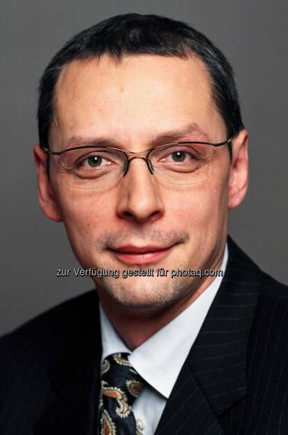 Wilhelm Celeda (48) nahm mit 1. Januar 2013 seine neue Funktion als Vorstandsmitglied der Raiffeisen Centrobank (RCB) auf (c) RCB (02.01.2013)