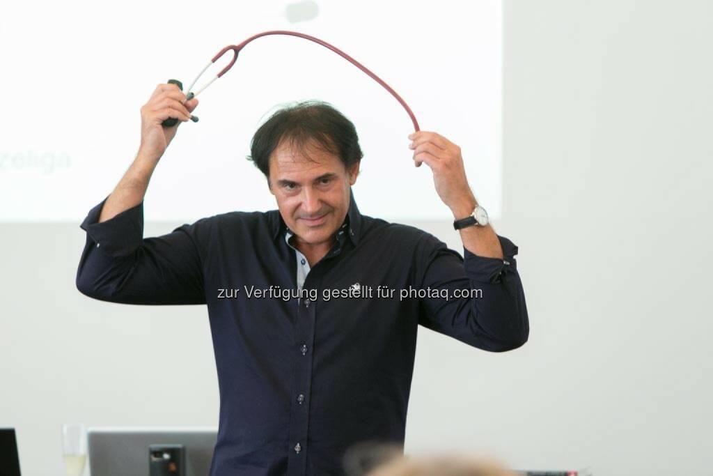 Roman F. Szeliga (Arzt und Manager, Moderator, Seminarleiter, Vortragender und Autor), © Martina Draper für HR Circle (23.06.2014)