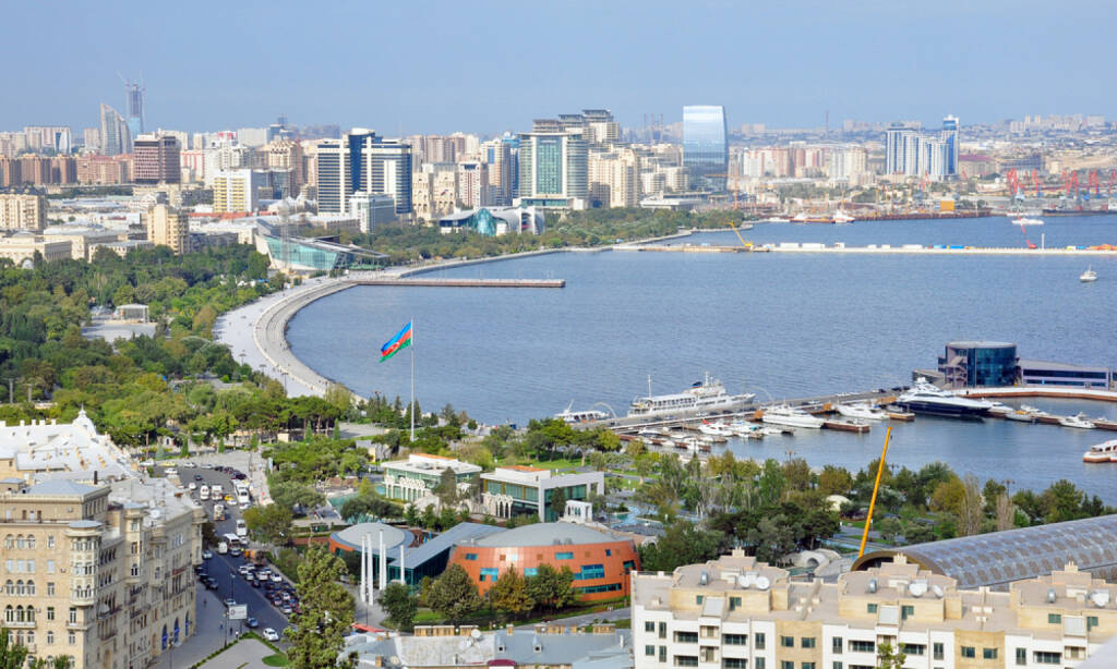 Baku, Aserbaidschan - http://www.shutterstock.com/de/pic-156973904/stock-photo-baku-azerbaijan-september-view-of-baku-bay-natural-harbor-of-the-baku-port-on-september.html Svetlana Jafarova / Shutterstock.com, © shutterstock.com (28.06.2014)