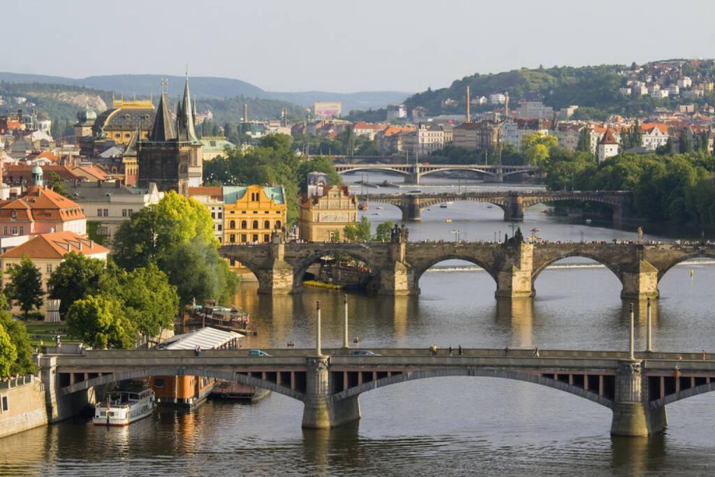 Prag, Tschechien, http://www.shutterstock.com/de/pic-122957884/stock-photo-aerial-view-on-bridges-in-prague.html (Bild: www.shutterstock.com), © shutterstock.com (30.06.2014)