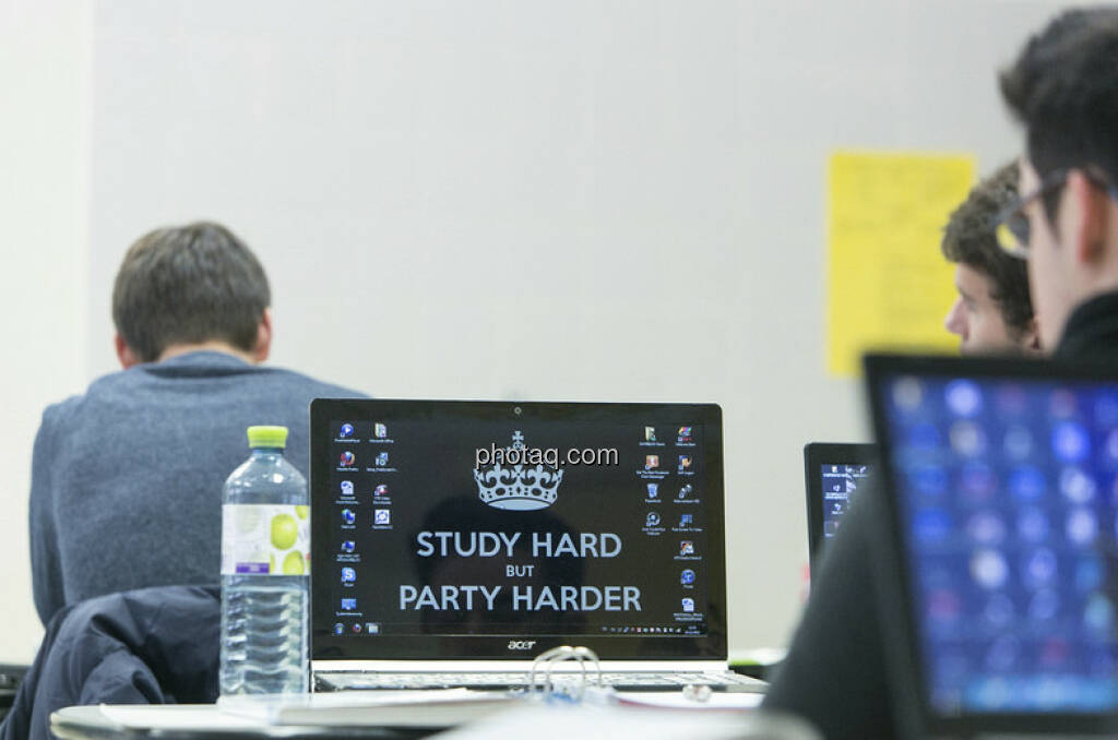 Study Hard, Party Harder, © Martina Draper/finanzmarktfoto.at (06.01.2013)