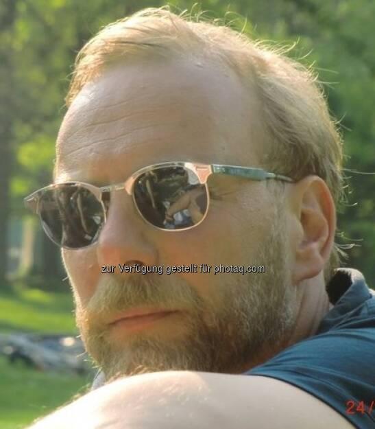 Heinz Karasek: Der Ex-Vorstand des Zertifikate Forum Austria, jetzt http://www.dasheinz.at, ist 44. finanzmarktfoto.at gratuliert! (06.01.2013)