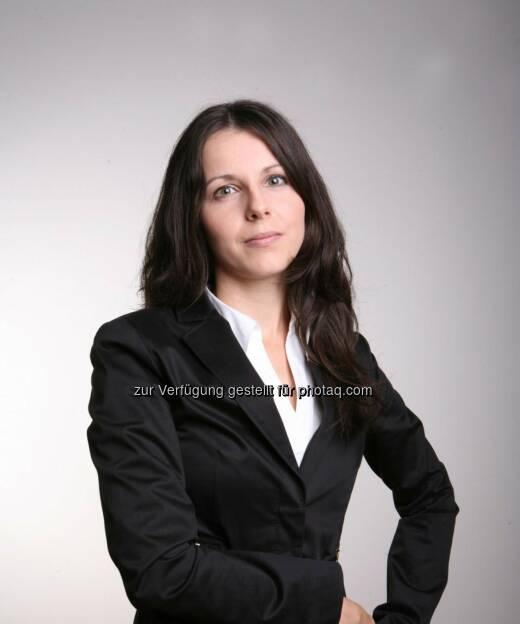 Claudia Schmidt, CHSH, im Team bei der Beratung der Telekom Austria AG im Zuge der Genehmigung des Erwerbs der Yesss! (07.01.2013)