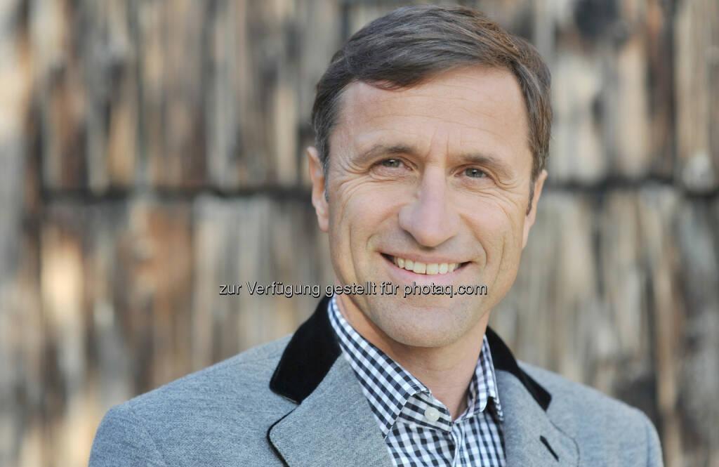 Generalversammlung der Tirol Werbung bestätigt Josef Margreiter für weitere drei Jahre als Geschäftsführer  , © Aussender (04.07.2014)