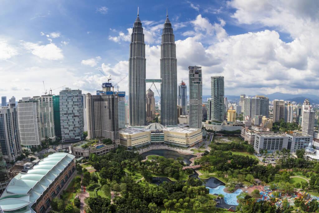 Kuala Lumpur, Petronas Twin Towers, Malaysien, <a href=http://www.shutterstock.com/gallery-629476p1.html?cr=00&pl=edit-00>Soren Egeberg Photography</a> / <a href=http://www.shutterstock.com/?cr=00&pl=edit-00>Shutterstock.com</a>, Soren Egeberg Photography / Shutterstock.com, © (www.shutterstock.com) (07.07.2014)