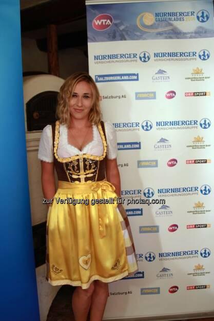 Sofia Shapatava Dirndl, &copy;  <a href=