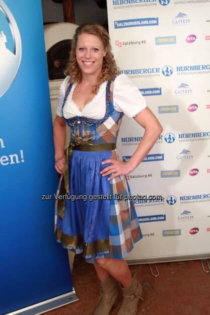 Laura Siegemund Dirndl, &copy;  <a href=
