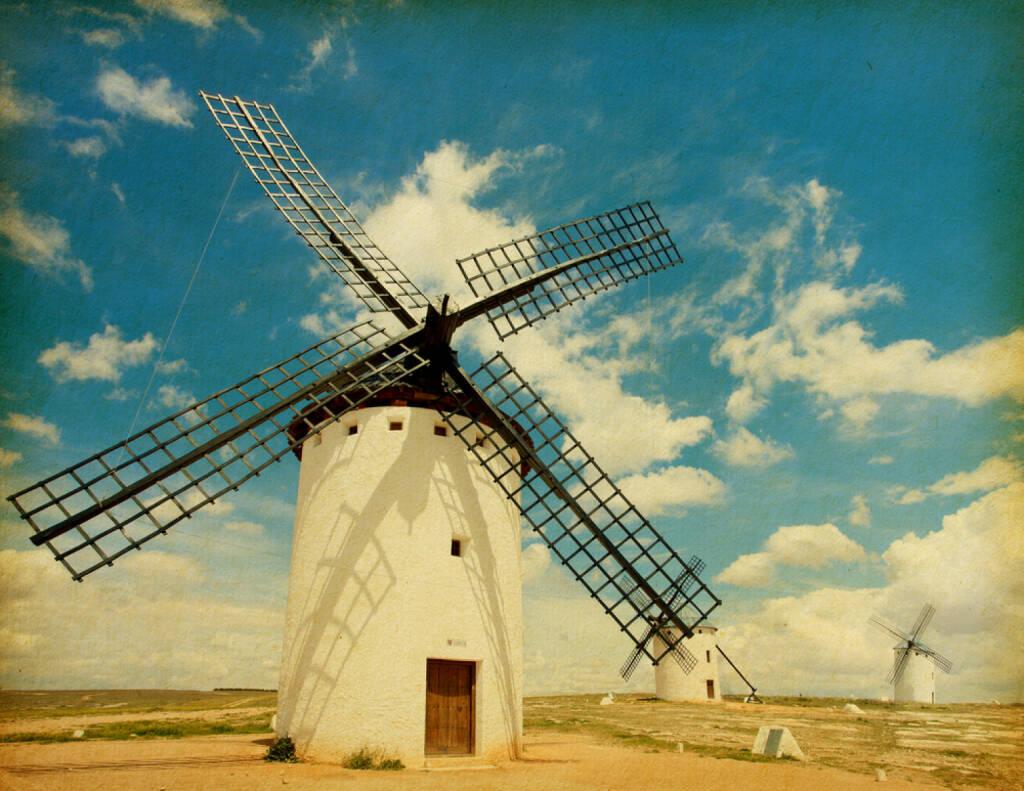 Windmühle, Spanien, Wind, gegen, http://www.shutterstock.com/de/pic-111912029/stock-photo-retro-image-of-medieval-windmills-castilla-la-mancha-spain-paper-texture.html (Bild: shutterstock.com) (13.07.2014)