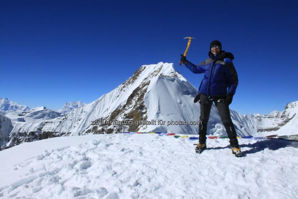 Christine Theodorovics, Zurich Insurance, auf 6328m am Saribong Peak (c) Christine Theodorovics  (11.01.2013)