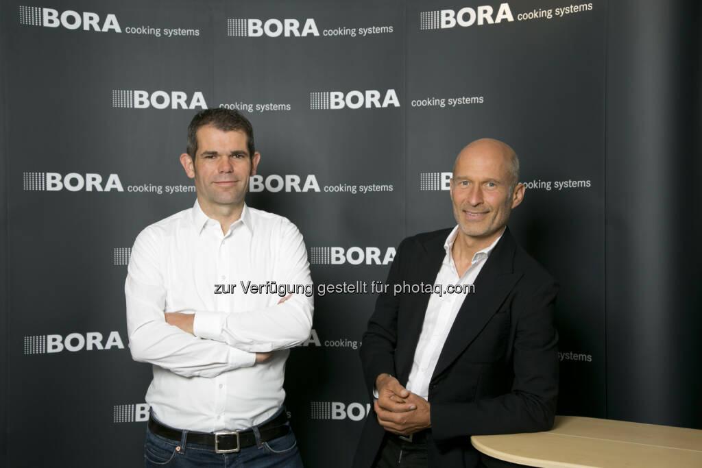 Ralph Denk pro cycling GmbH: Bora wird neuer Namenssponsor bei deutscher Radsport-Mannschaft: Manager Ralph Denk, Willi Bruckbauer, Inhaber von Bora (15.07.2014)