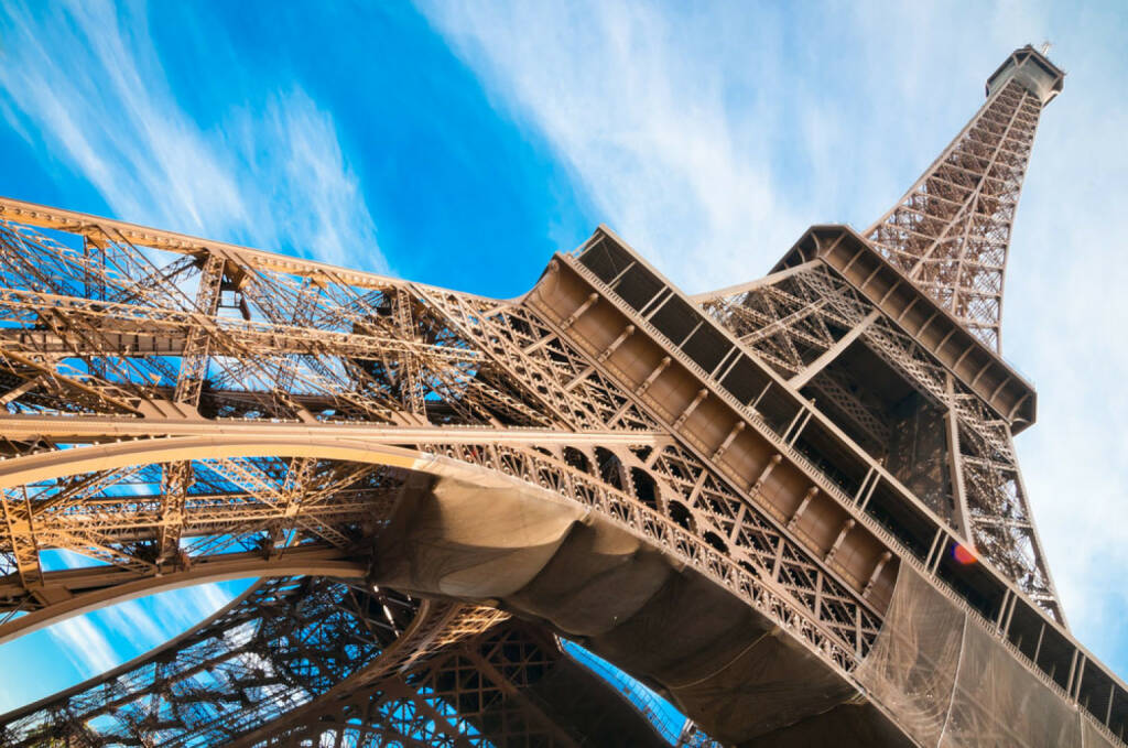 Paris, Eiffelturm, Frankreich, http://www.shutterstock.com/de/pic-112383452/stock-photo-famous-eiffel-tower-in-paris-france.html, © shutterstock.com (15.07.2014)