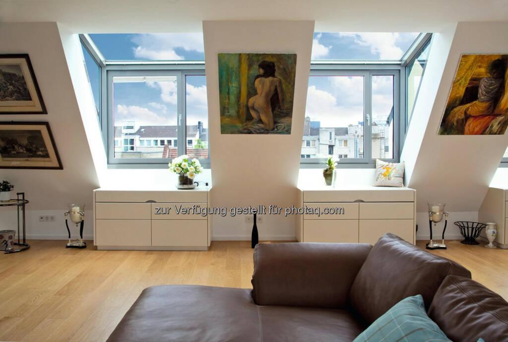 TVS Fenstertechnik GmbH: LUXIA®: Himmlische Freiheit mit LUXIA®-Lichtgauben, © Aussender (16.07.2014)