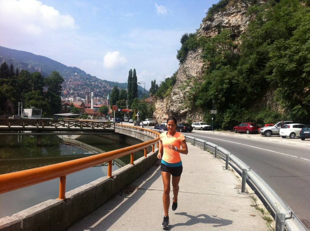 Monika Kalbacher läuft in Sarajevo https://www.facebook.com/kalbacher.monika (16.07.2014)