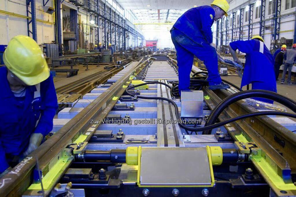 Der voestalpine-Konzern war mit den Bereichen #Schiene (voestalpine Schienen GmbH) und #Weiche (voestalpine VAE GmbH) bei der diesjährigen Global Rail Freight Conference (GRFC 2014) vertreten. Lesen Sie mehr: http://bit.ly/1yr6oR3  Source: http://facebook.com/voestalpine (16.07.2014)