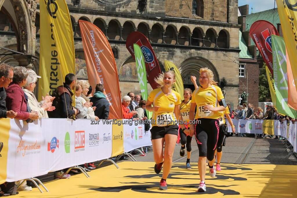 Die Läuferinnen sind los! In Nürnberg und Bremen verwandelte der Deutsche Post Ladies Run mit über 1.600 Teilnehmerinnen die Innenstädte in ein stimmungsvolles Sportfest. Weiter geht es am 27. Juli in Dortmund – also schnell noch anmelden unter http://www.deutschepost-ladiesrun.de/  Source: http://facebook.com/deutschepost, © Aussendung (18.07.2014)