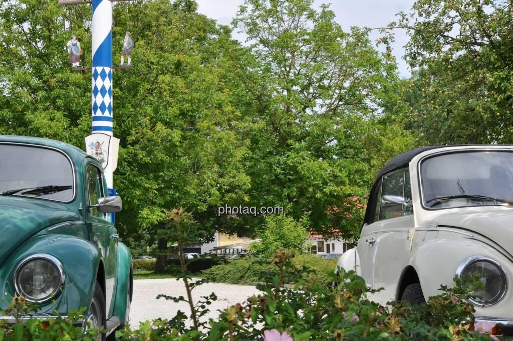 VW, Volkswagen, Käfer, Hintergrund Maibaum, © photaq.com (21.07.2014)