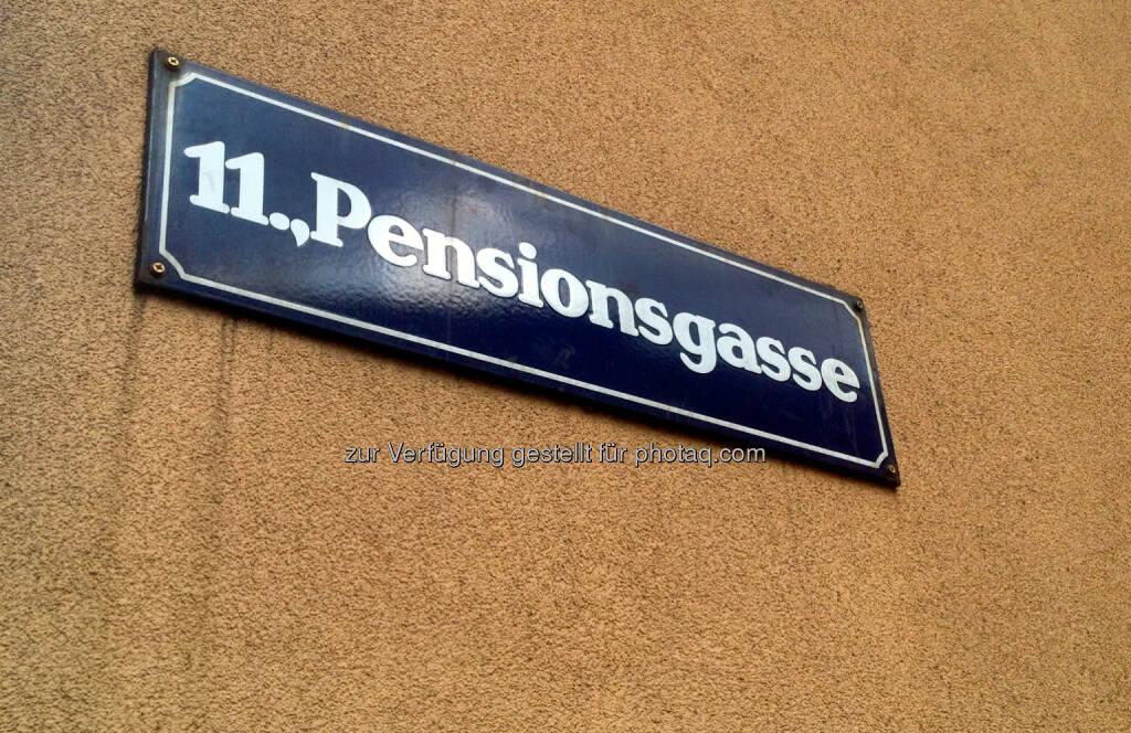 Pension, Pensionen, Pensionsgasse, © diverse Handypics mit freundlicher Genehmigung von photaq.com-Freunden (21.07.2014)