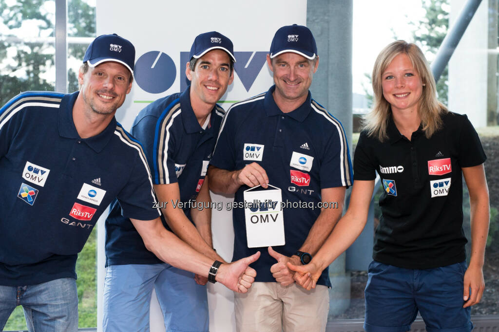 OMV sponsert seit 25 Jahren den Skisprungsport, ab sofort auch in Norwegen: Alexander Stöckl (Head Coach), Anders Bardal (World Champion and World Cup Winner), Clas Brede Braten (Sports Director), Maren Lundby (beste Skispringerin Norwegens) Credit: OMV/NSF  , © Aussendung (21.07.2014)