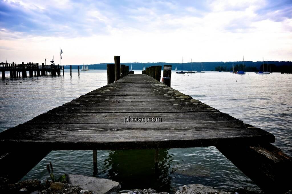 Steg, Horizont, See, Wasser, © photaq.com (22.07.2014)