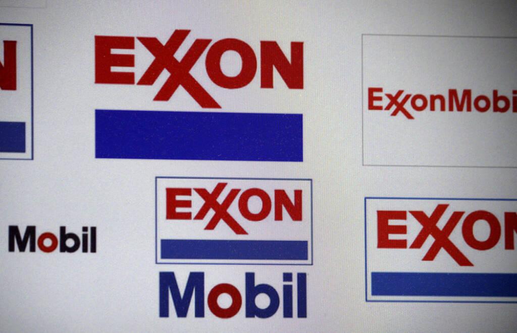 Exxon Mobil, <a href=http://www.shutterstock.com/gallery-320989p1.html?cr=00&pl=edit-00>360b</a> / <a href=http://www.shutterstock.com/?cr=00&pl=edit-00>Shutterstock.com</a>, 360b / Shutterstock.com, © www.shutterstock.com (25.07.2014)