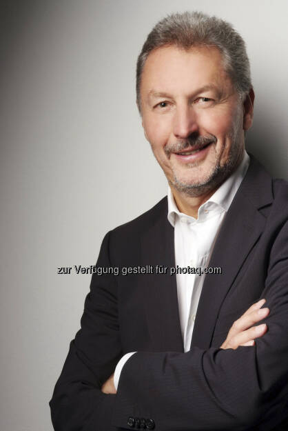 Austrian Airlines: Mit 1. Februar 2013 übernimmt Michael Delion (57) die Leitung der Austrian Airlines Technik. Der gelernte Flugzeugmechaniker und Diplom-Ingenieur der Luft- und Raumfahrttechnik folgt Burkard Wigger, der das Unternehmen wie angekündigt mit Ende Jänner verlassen wird (c) Austrian Airlines (14.01.2013)