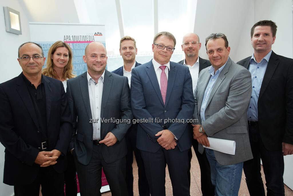 APA-MultiMedia: Crowdsourcing: Scheitern ohne sorgfältige Planung vorprogrammiert: Schahram Dustdar (TU Wien), Cornelia Schöberl-Floimayr (Erste Bank), Daniel Scherling (Navax), Paul Lehner (A1), Alf Netek (Kapsch), Karl-Heinz Leitner (AIT), Thomas Stern (Moderator, Braintrust) und Gert Breitfuß (Evolaris), © Aussender (01.08.2014)