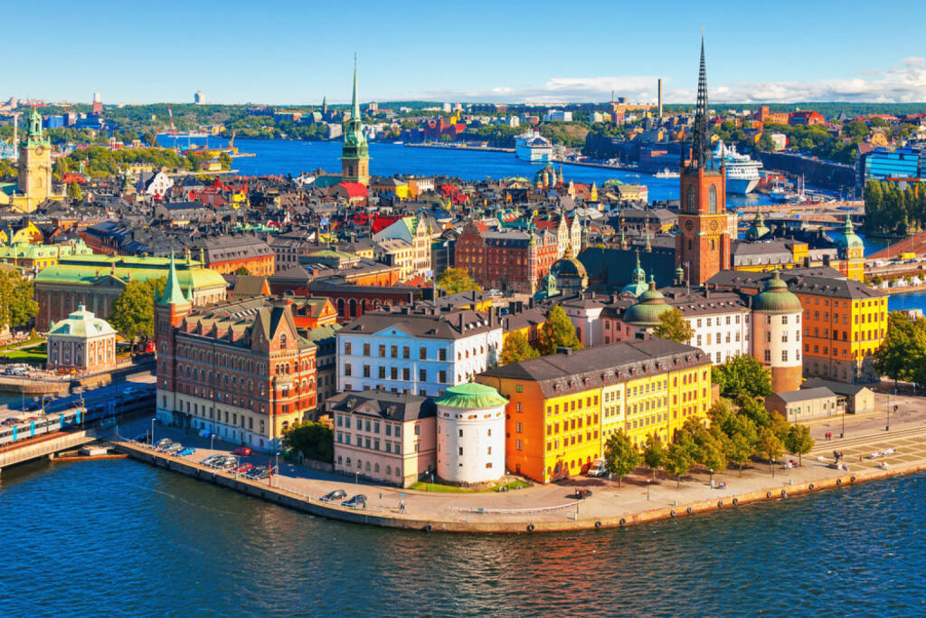 Stockholm, Schweden, http://www.shutterstock.com/de/pic-133005938/stock-photo-scenic-summer-aerial-panorama-of-the-old-town-gamla-stan-in-stockholm-sweden.html , © shutterstock.com (04.08.2014)