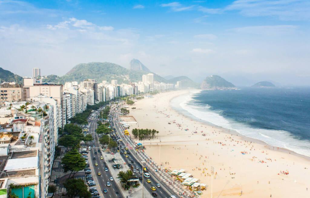 Rio de Janeiro, Brasilien, Copacabana, Strand, Meer, http://www.shutterstock.com/de/pic-129418865/stock-photo-brazil-rio-de-janeiro-the-famous-beach-of-copacabana.html, © (www.shutterstock.com) (04.08.2014)