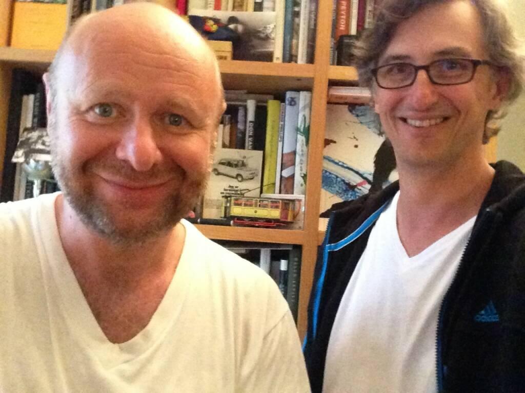 Besuch bei Morten Andersen in Oslo, sehr netter Talk und bald einige Bücher mehr auf dem virtuellen Bookshelf - http://josefchladek.com/book/morten_andersen_-_fast_city (05.08.2014)