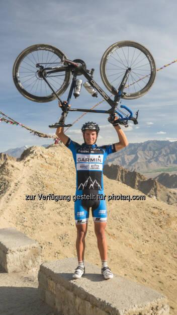 Geschafft! Weltrekord für den Grazer Extremradsportler Jacob Zurl. Der 26-Jährige hat es geschafft, mit Unterstützung von Omni-Biotic(R) Power den Himalaya nonstop mit dem Rad zu überqueren. Und das in einer Zeit von 38 Stunden und 41 Minuten.530 Kilometer, 8 Pässe und die Überwindung von 13.500 Höhenmetern, © Aussendung (07.08.2014)