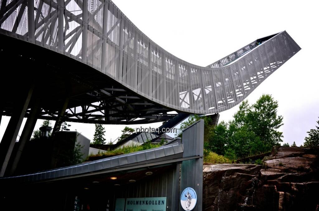 Holmenkollen Sprungturm, © photaq.com (08.08.2014)