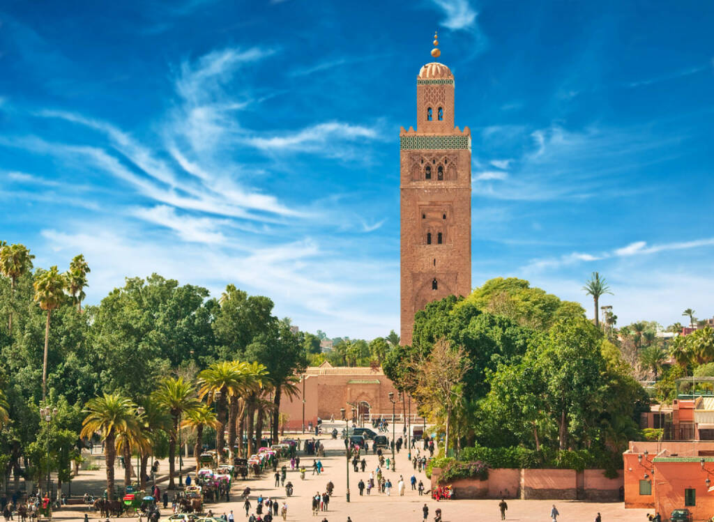 Marrakesch, Marokko, http://www.shutterstock.com/de/pic-135809351/stock-photo-main-square-of-marrakesh-in-old-medina-morocco.html, © (www.shutterstock.com) (11.08.2014)