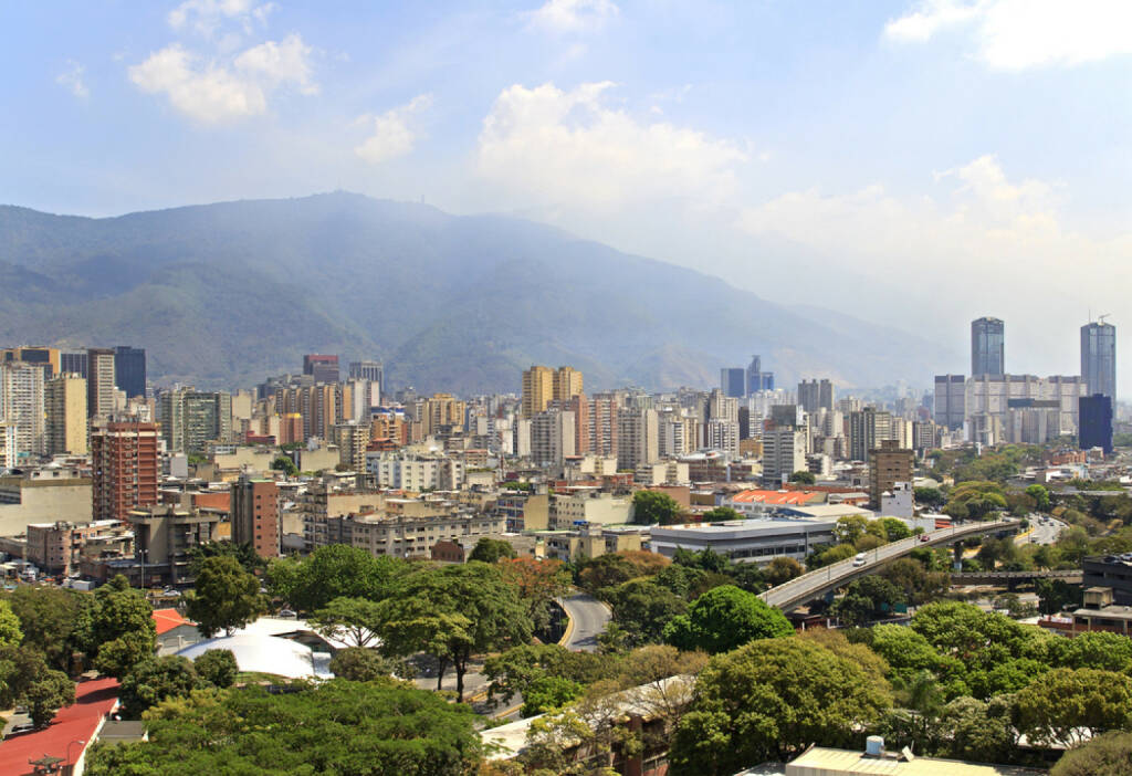 Caracas, Venezuela, http://www.shutterstock.com/de/pic-182034323/stock-photo-skyline-of-caracas-city-capital-of-venezuela.html, © (www.shutterstock.com) (11.08.2014)