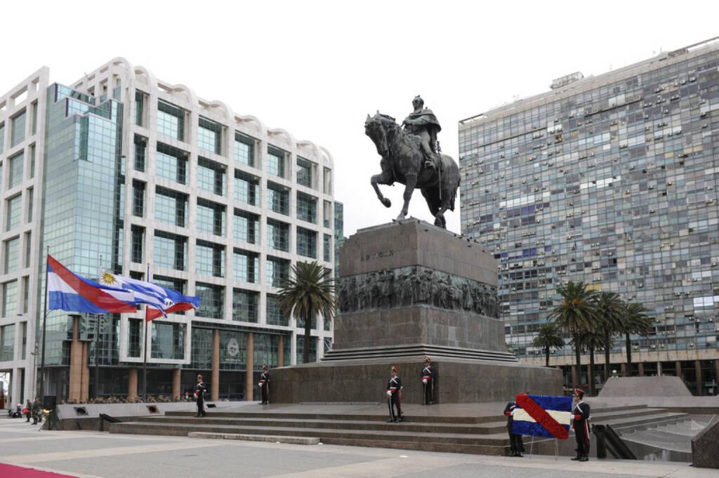 Montevideo, Uruguay, <a href=http://www.shutterstock.com/gallery-149125p1.html?cr=00&pl=edit-00>Eduardo Rivero</a> / <a href=http://www.shutterstock.com/?cr=00&pl=edit-00>Shutterstock.com</a> , Eduardo Rivero / Shutterstock.com, © (www.shutterstock.com) (11.08.2014)
