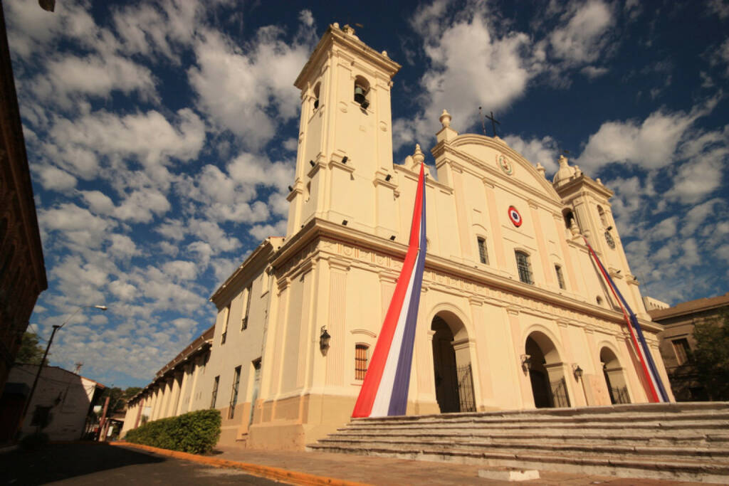 Asuncion, Paraguay, http://www.shutterstock.com/de/pic-106037669/stock-photo-beautiful-catholic-national-cathedral-from-different-angle-in-capital-asuncion-paraguay-south.html, © (www.shutterstock.com) (11.08.2014)