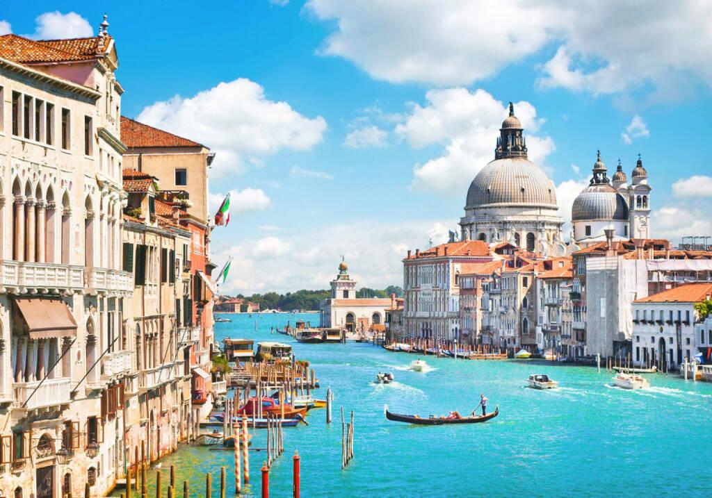 Venedig, Italien, Canale Grande, Basilika di Santa Maria, http://www.shutterstock.com/de/pic-130177562/stock-photo-canal-grande-and-basilica-di-santa-maria-della-salute-venice-italy.html , © shutterstock.com (15.08.2014)