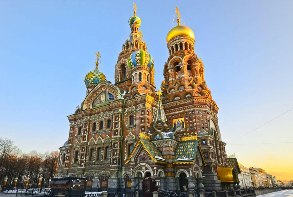 St. Petersburg, Russland, http://www.shutterstock.com/de/pic-154804094/stock-photo-church-of-the-saviour-on-spilled-blood-st-petersburg-russia.html, © shutterstock.com (15.08.2014)