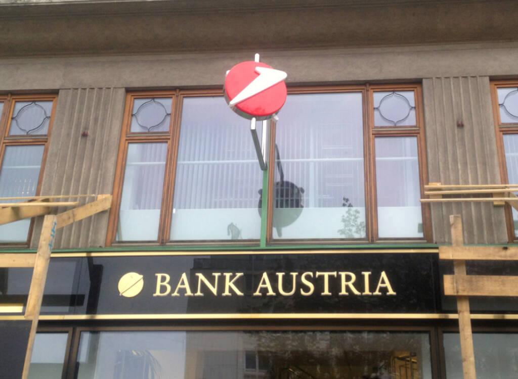 Bank Austria, © diverse Handypics mit freundlicher Genehmigung von photaq.com-Freunden (18.08.2014)
